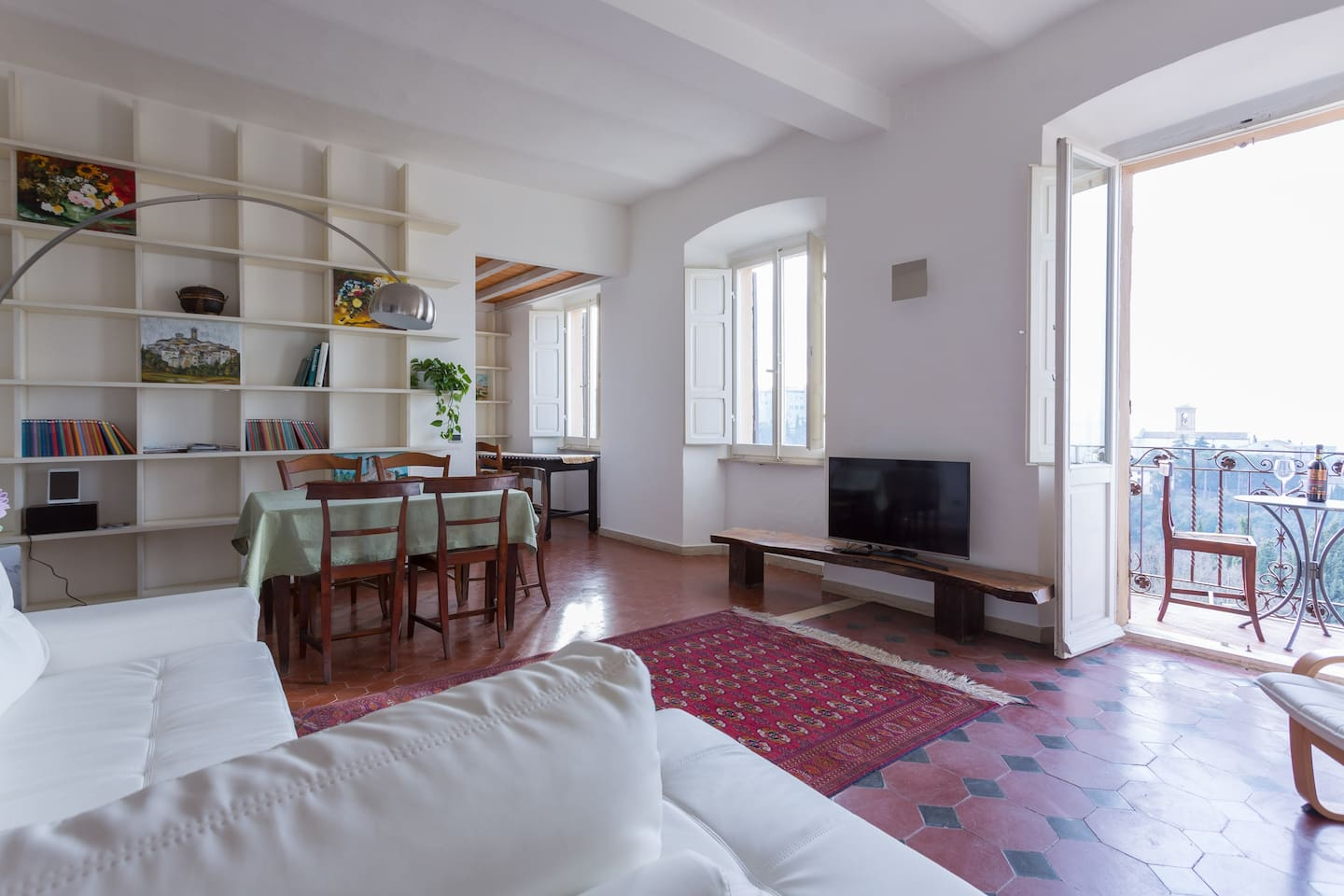 Large flat with view - Perugia historic centre