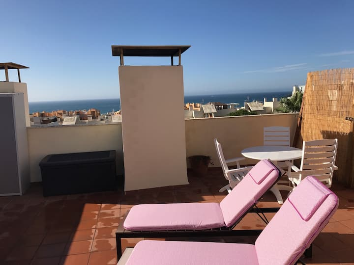 Apartment with sea view in Calahonda
