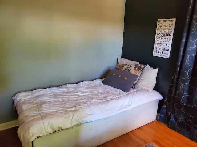 Bed #1 Casa De La Crew