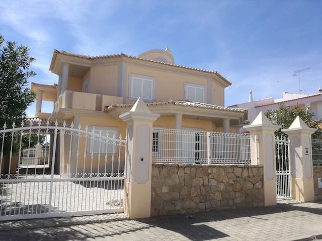 House for relaxing in the heart of Olhão