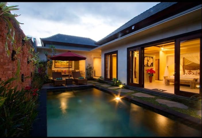 2 Seasons: Villa Moon - Luxury with Private Pool