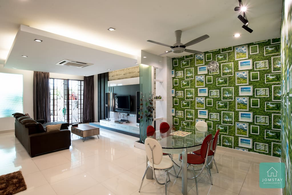 Living Hall & Dining Area