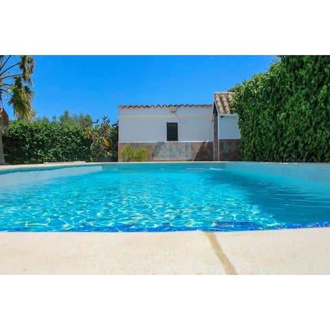 Villa Alegria,private pool,700m beach