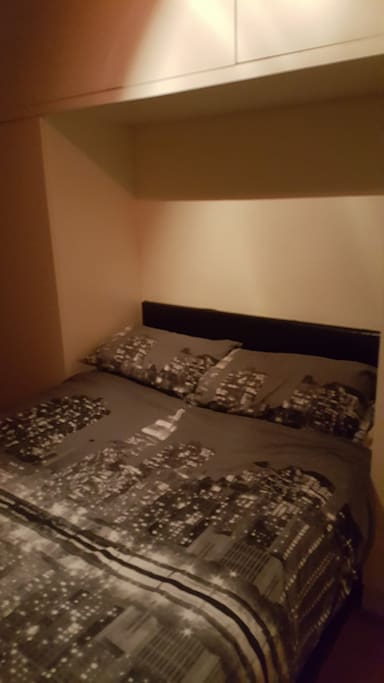 Double Bed ideal for 1 or 2 guests