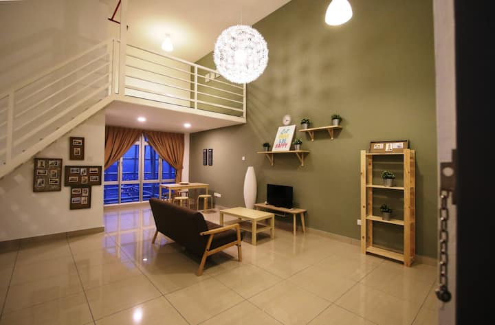#A18-09 Homestay@Menara Hartamas (1-5pax)