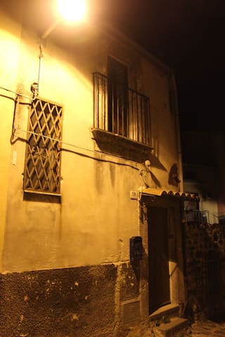Casa Perni - Buccheri - 一軒家