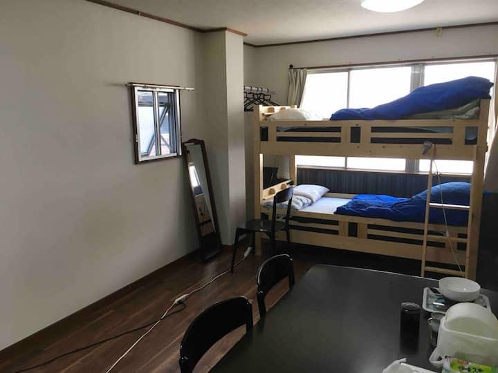 Habitación barata! Habitación grande de en Ueno.