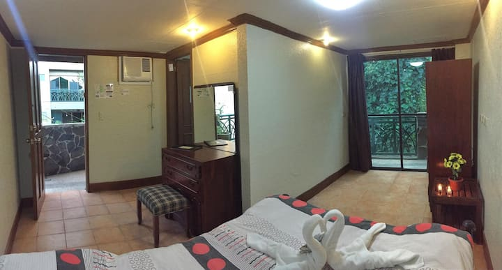ROOM with Free WIFI and GOLF country club access