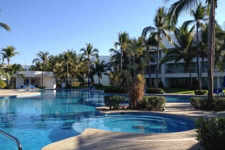 Luxury Apartment Mayan Lakes