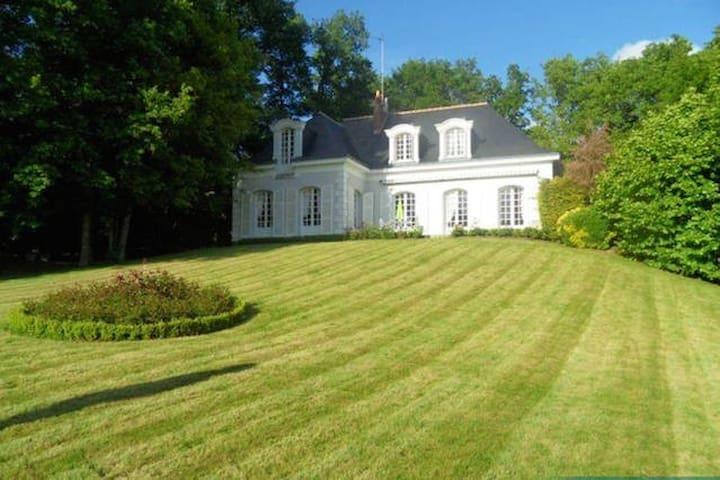 Home away from Home - La Membrolle-sur-Choisille - Talo