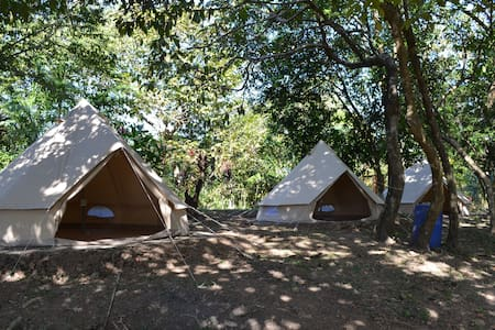 Room type: Private room Bed type: Real Bed Property type: Tent Accommodates: 4 Bedrooms: 1 Bathrooms: 1