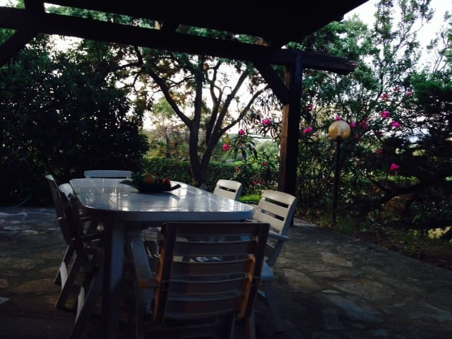 Villa & garden close to the beach! - Stintino - Ev