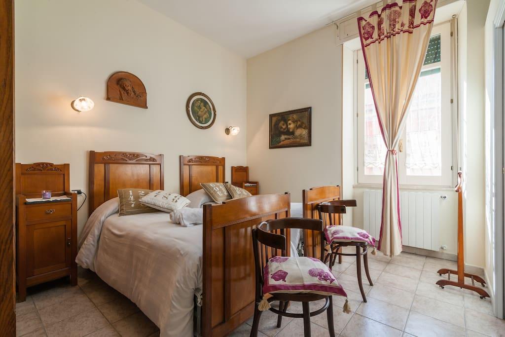 Chambre double avec salle de bains chambres d 39 h tes for Salle de bain italie