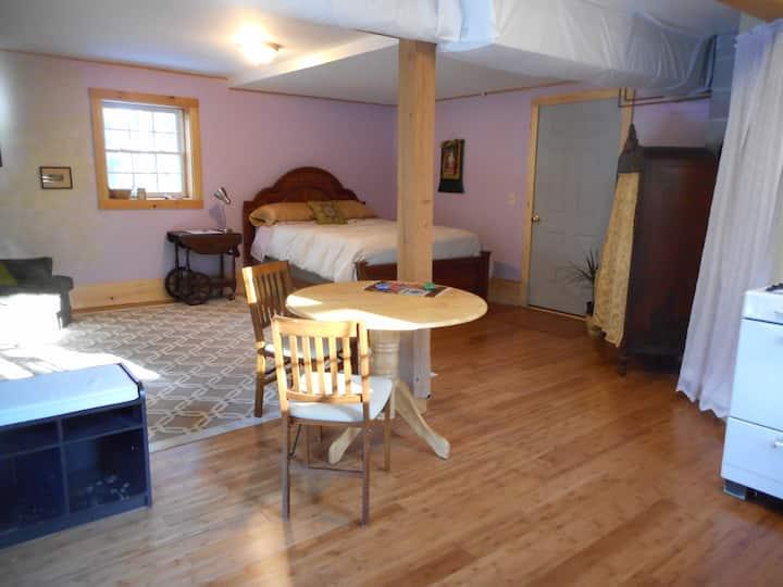 Putney Mountain Guest Suite