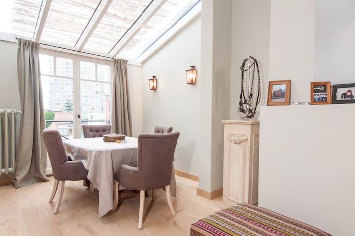 Room in Cosy Design Duplex, Antwerp