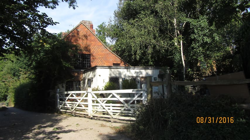 18th Century Cottage with views and walks