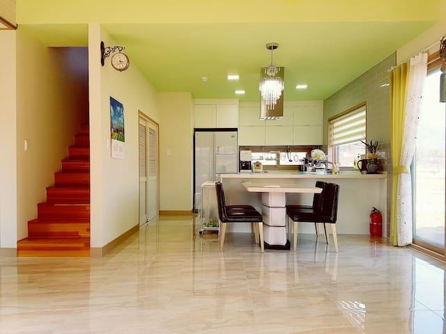 물맑은 양평에서 편안한 휴식이 가능한 모던한 바이올렛 하우스^^ - 양평군 - Villa