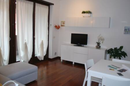 LOVELY APARTMENT CENTRAL POSITION - Appartamento