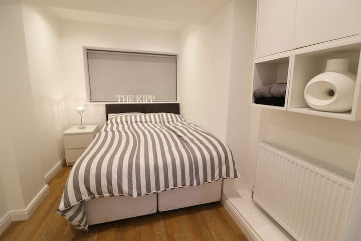 The Kipp, a city centre room w/ en-suite & parking