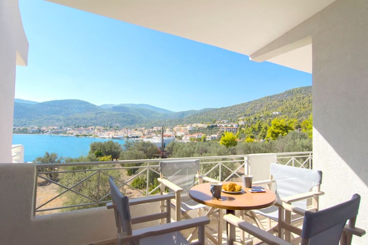 Sea View Suite for 4 persons - Belvedere Hotel - Korfos