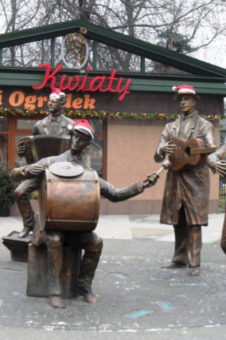 Monument of Praga's folk band.