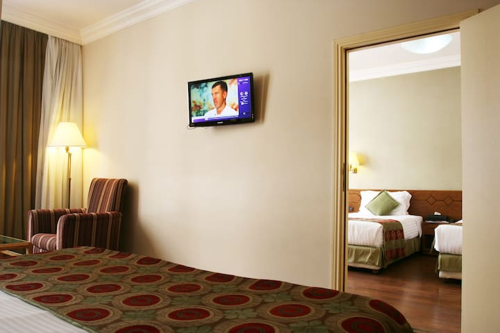 Beirut Apart suite 2 connected bedrooms Hamra