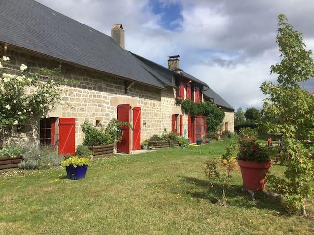 La  CHARLANNE en CHAMBRES D ' HÔTES