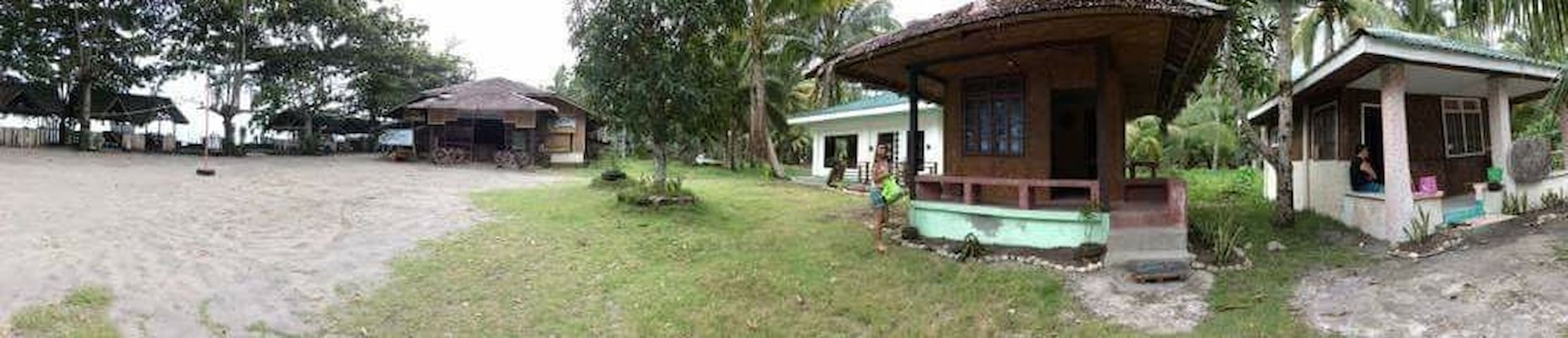 Morzant beach resort Beach house. - Lianga - Casa