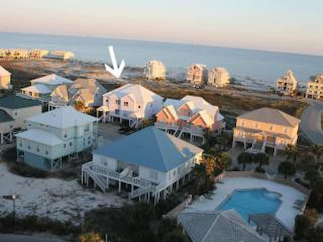4BR/4BA House Near Pool & Beach; Open Floor Plan - Gulf Shores - Haus