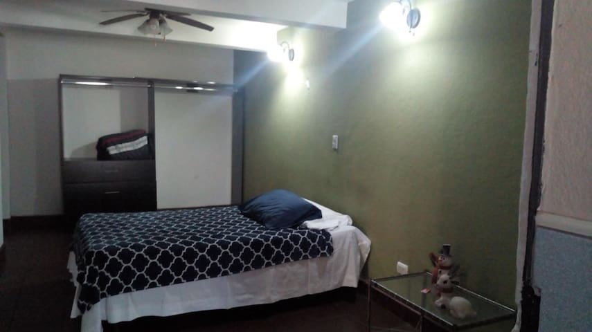 Casa con excelente ubicación, seguridad y privado