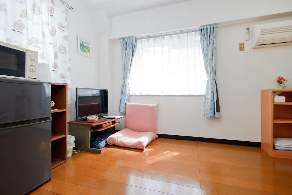 木質地板乾淨衛生,舒適。