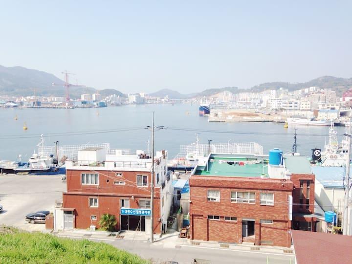 아트하우스 토영(art house for travelers)