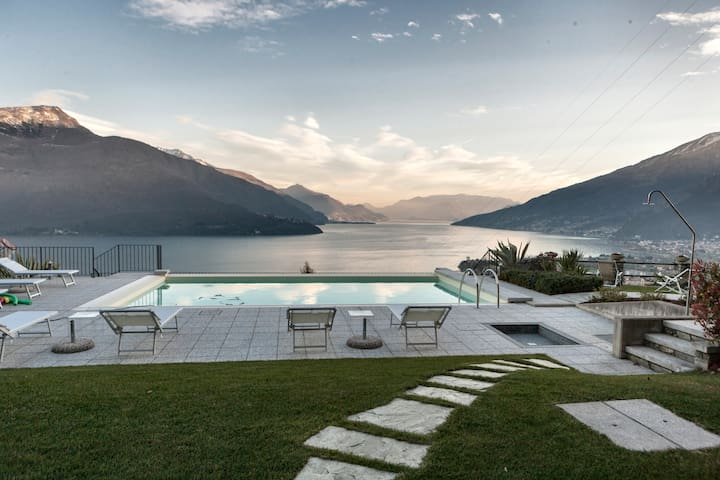 "Lake Como - Apart. ""Allegria"" - Gravedona - Apartment"
