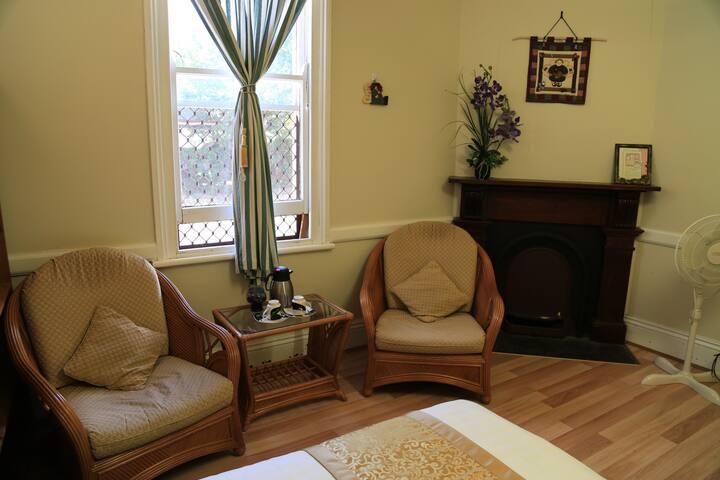 Triple Room $132/night - Toowoomba - Bed & Breakfast