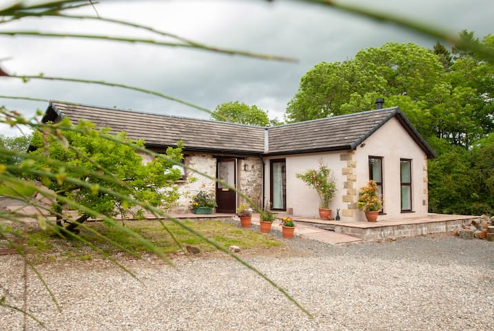 Lexi House at Stones Barn, a quiet remote cottage