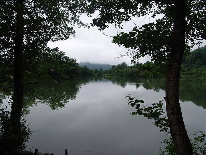 Отдых на горном озере.Сочи.