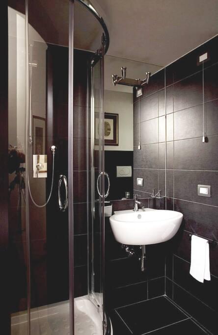 S pietro stanza singola e bagno privato appartamenti in - Stanza bagno privato roma ...