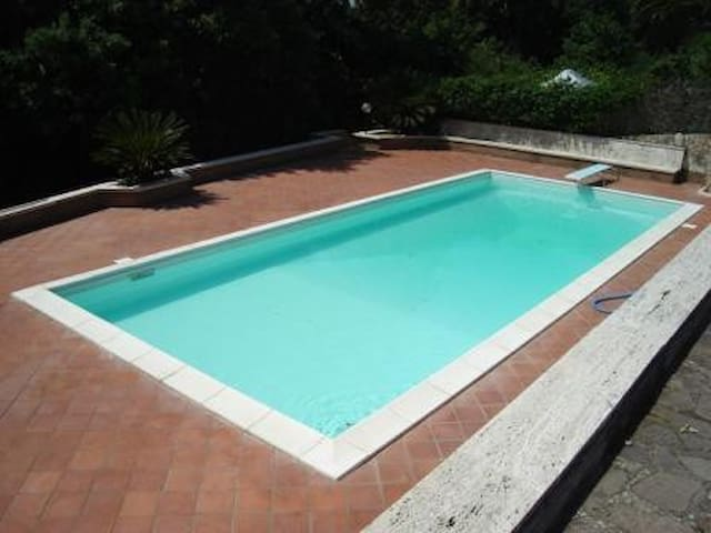 Exclusive Roma Country Villa With Private Pool - Roma Ardea - Villa