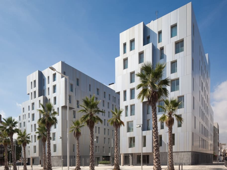 A new and modern building where nice, clean and safe apartments are facing the beach.