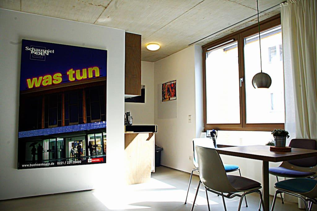 k ln minimalist self checkin ehrenfeld wohnungen zur. Black Bedroom Furniture Sets. Home Design Ideas