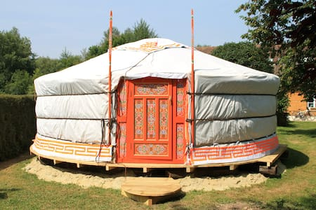 Yourte Mongole dans la Somme - Beauchamps - 유르트(Yurt)