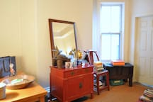 LARGE SUNNY ROOM 15 MIN to NYC !