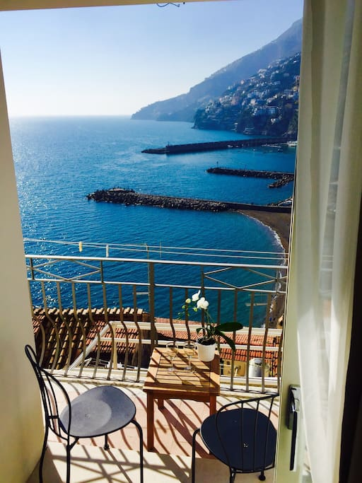 Balcony on the beach of Amalfi with stunnng view