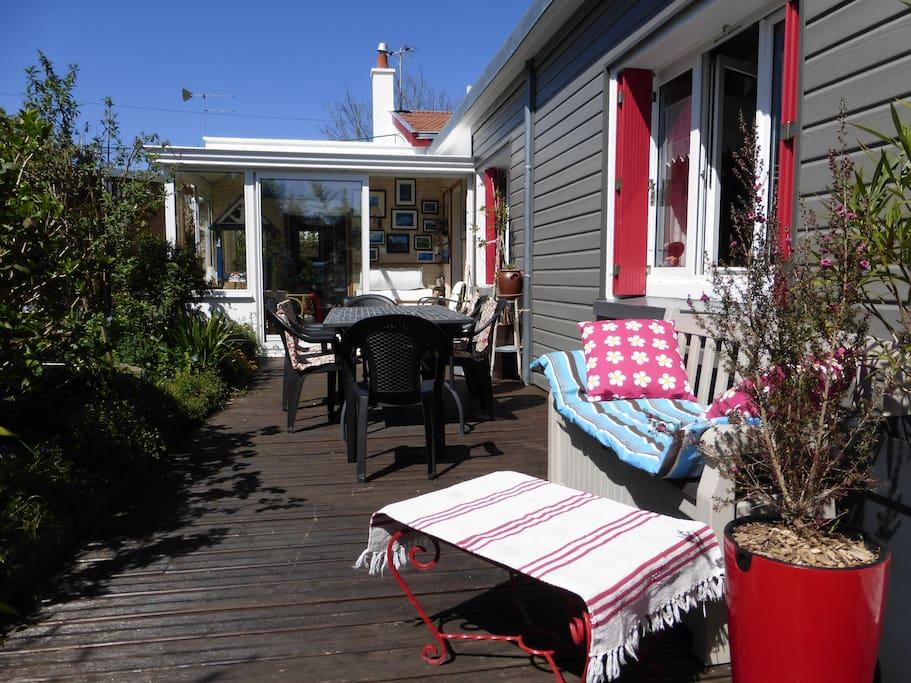 Le calme du jardin en plein centre maisons louer nantes pays de la loire france - Maison jardin lausanne nantes ...