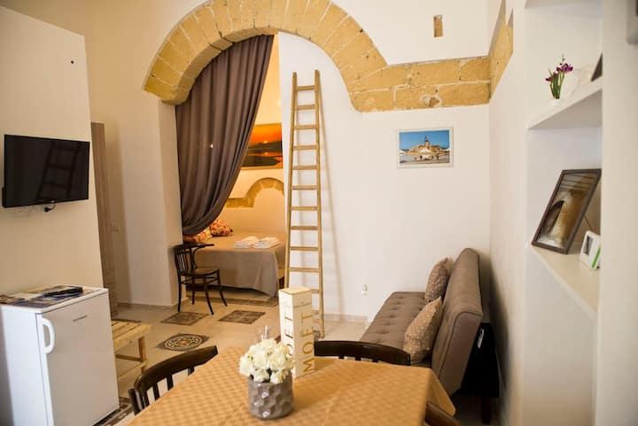 """Appartamento centro storico """"La Culla di Adeodata"""""""