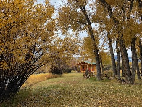 Cabin on the Wind River-Flinger & Angler willkommen