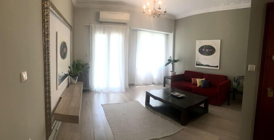 Mihaela's Patras center apartment