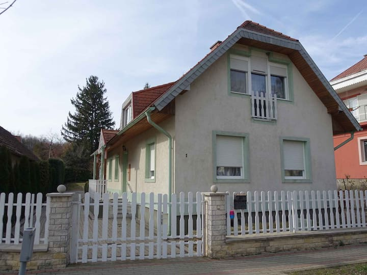 apartment for 4 persons in Hévíz R102011