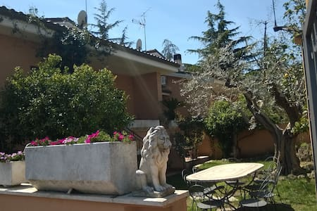 appartamento a 13km da San Pietro - La Massimina-casal Lumbroso