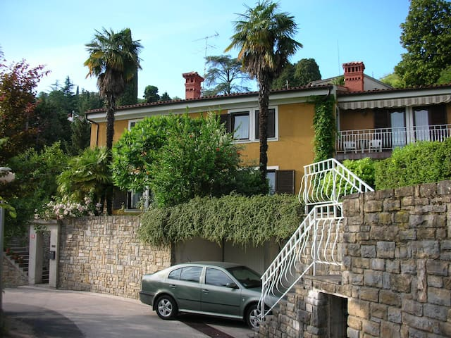 3 QUIET GREEN OASIS IN THE CENTER - Portorož - Apartment
